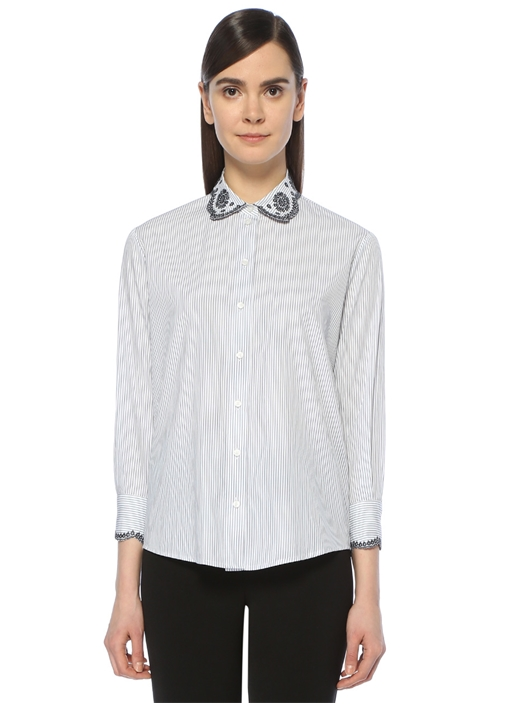 Beyaz Lacivert Çizgili Nakış İşlemeli Gömlek