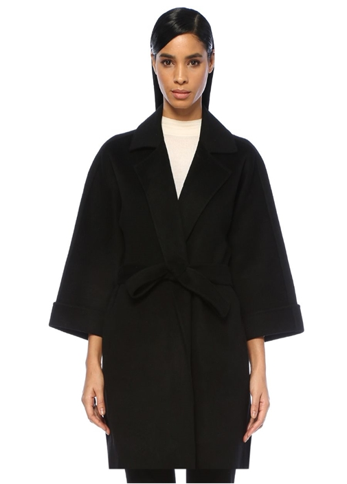 Siyah Kelebek Yaka Kuşak Detaylı Yün Palto