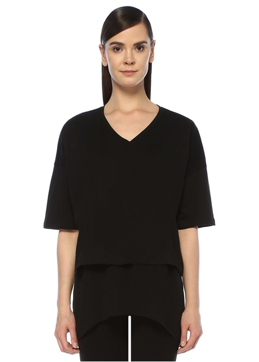 Siyah V Yaka Etek Ucu Şifon Garnili T-shirt